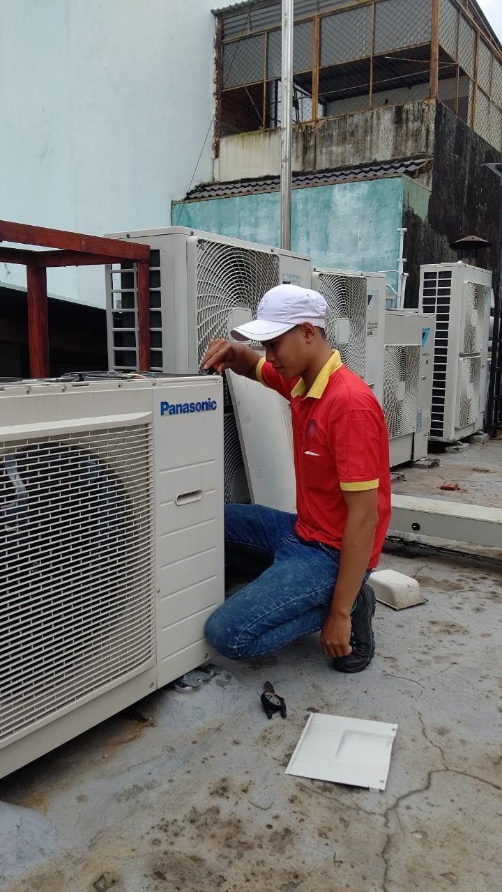 Bảo trì bảo dưỡng máy lạnh tại Amway Việt Nam.